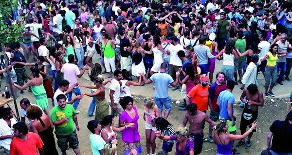 Ικαρία - Ικαριώτικος χορός