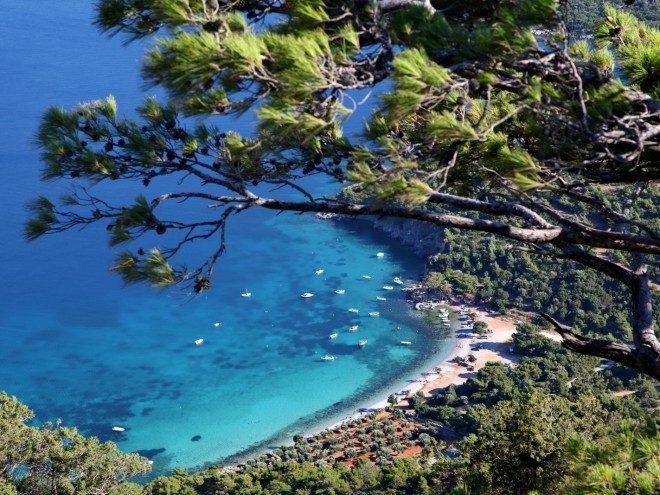 Η Παραλία της Μουρτιάς κατάλληλη για κατάδυση