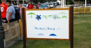 Tortuga Beach Bar