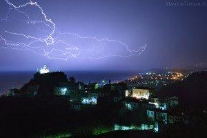 Καταιγίδα στο Καρλόβασι - Αγία Τριάδα