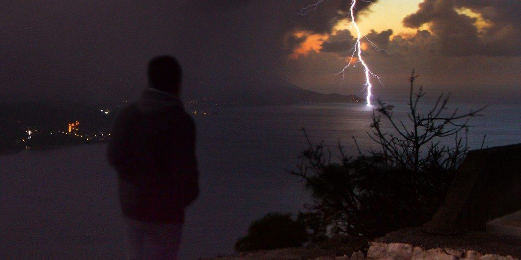 Παρακολουθώντας την καταιγίδα