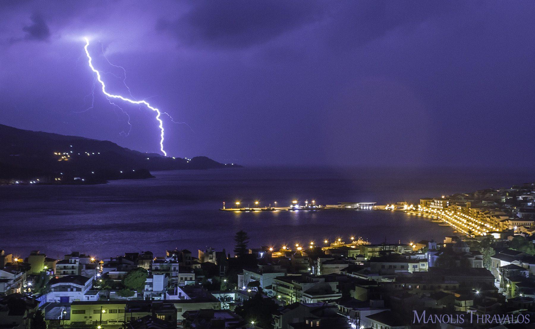 Καταιγίδα - Κεραυνός κοντά στο Κοκκάρι
